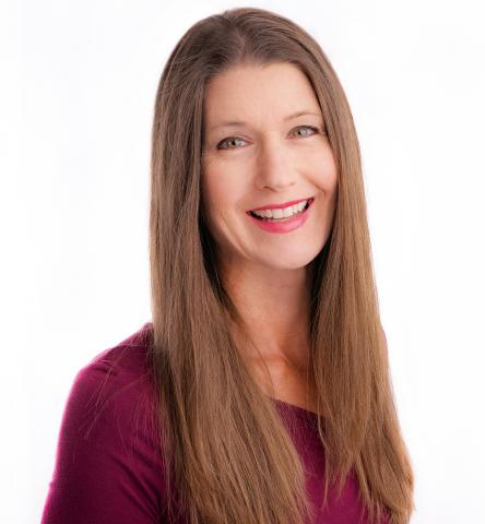 Photo of Laura Farnsworth